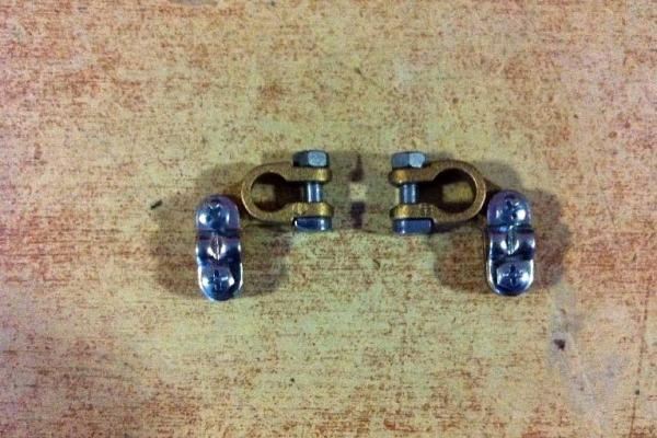akkumlator-saruk-01FD5708EC-30E4-4D8E-473E-2DED79D57D64.jpg