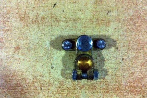 akkumlator-saruk-06305757B7-E630-81F9-AF9A-6070563B6547.jpg